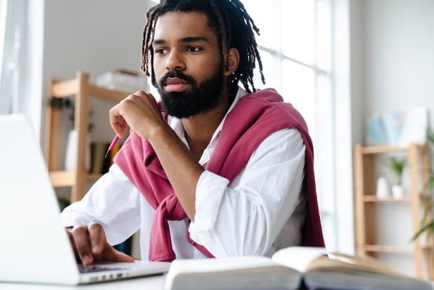 online course student